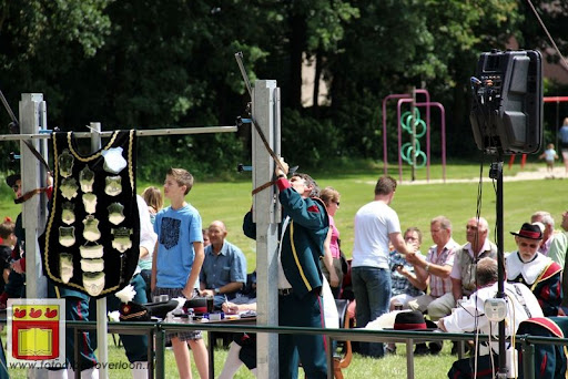 Koningschieten Sint Theobaldusgilde overloon 01-07-2012 (44).JPG