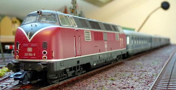 BR221