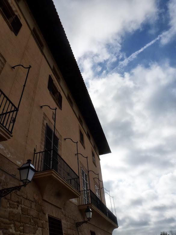 Balcones de Cal Marqués de la Torre, de mediados del siglo XVIII.