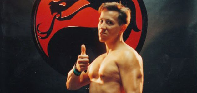 Daniel Pesina, o Johnny Cage de Mortal Kombat 1 e 2