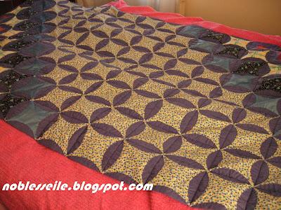 artık kumaşlarla yatak örtüsü