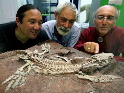 Stuart Sumida, David Berman, dan Thomas Martens