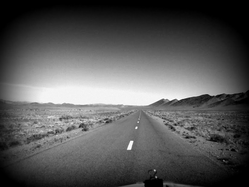Marrocos e Mauritãnia a Queimar Pneu e Gasolina - Página 12 DSCF1378