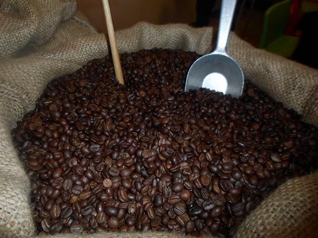 אמרתם MAE  אמרתם  קפה גורמה -בית קליה לקפה משובח מ...