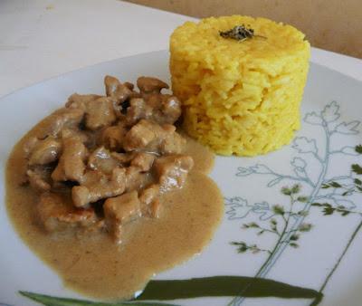 Emincés de porc au lait de coco et curry - recette indexée dans les Viandes