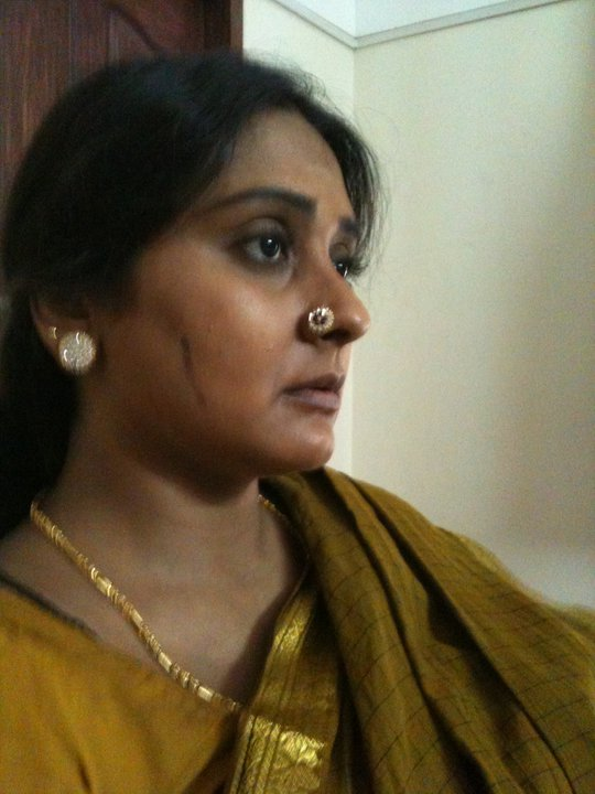 Malavika Avinash http://photogalleris.blogspot.com/2011/03/tv-actress-malavika-avinash-family.html