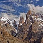【パキスタン】世界最大級の崖・トランゴ・タワーズ