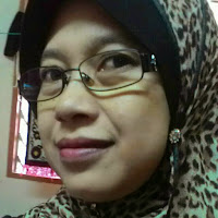 who is safia nadha taufik contact information