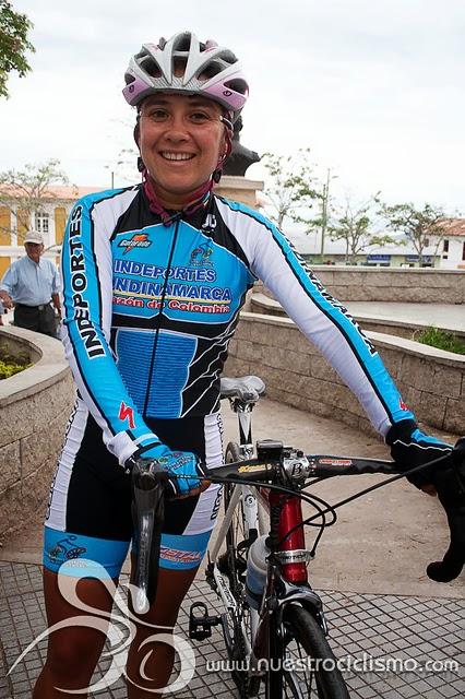 Marcela Alfonso. Esta ciclista hace parte de Liga de Cundinamarca. Recientemente participó en la Vuelta Ciclista de El Salvador que se realizó este año. Ganadora de circuitos nacionales como el del Municipio de Cota (2011) y el de Ubaté (2009).