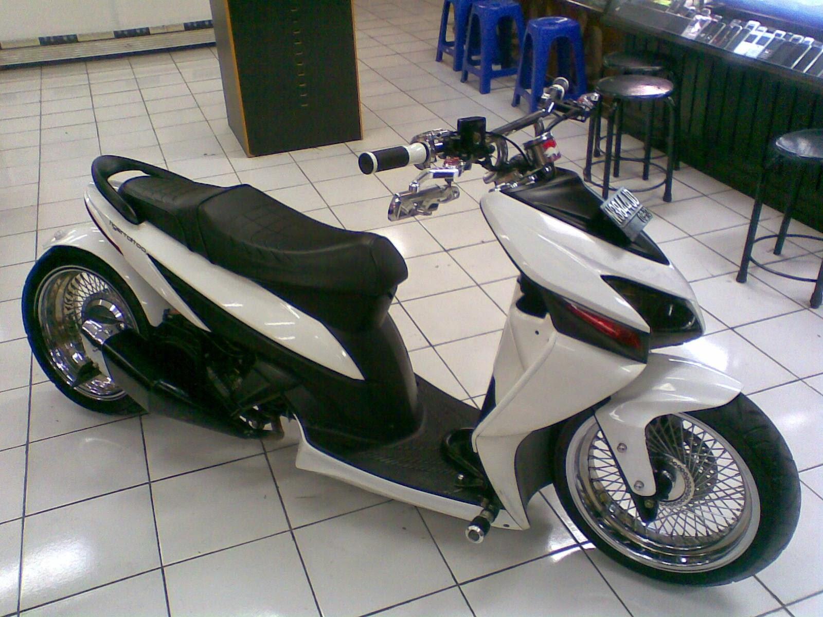 modifikasi motor vario velg 17