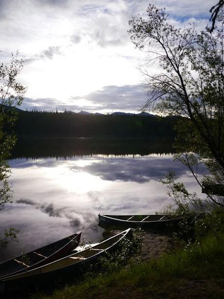 達人帶路-環遊世界-育空河canoe