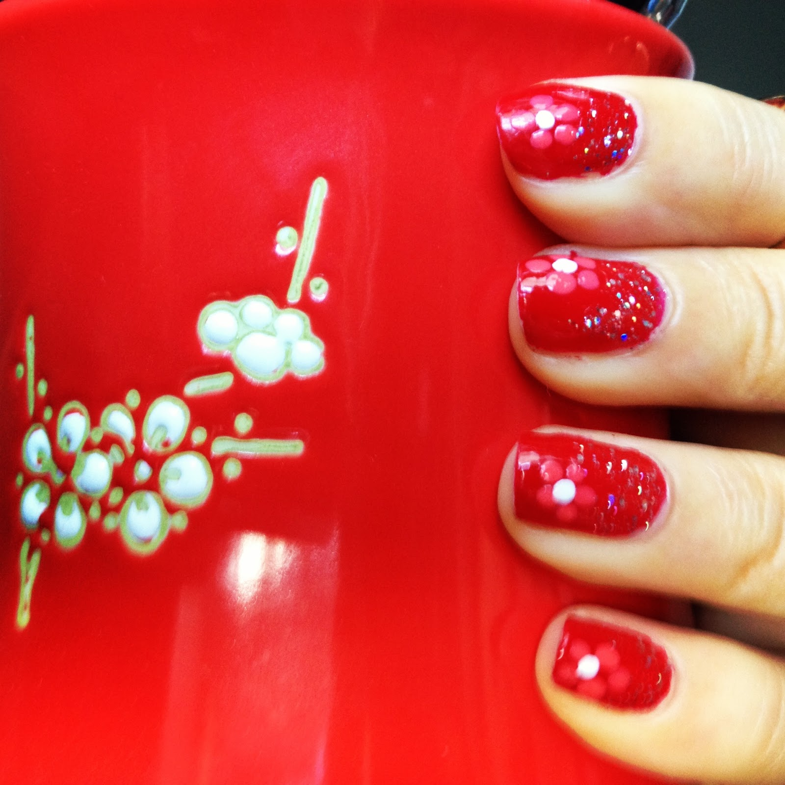 red manicure flower nail art glitter