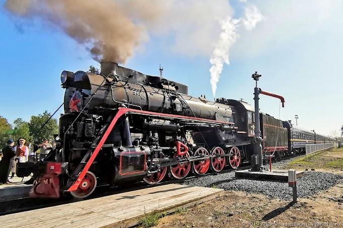 Туристов из Москвы в новогоднюю столицу Калугу доставят паровозом