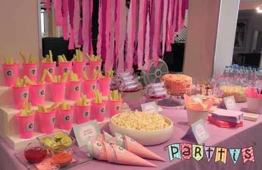 Centro de mesa para fiesta de niños