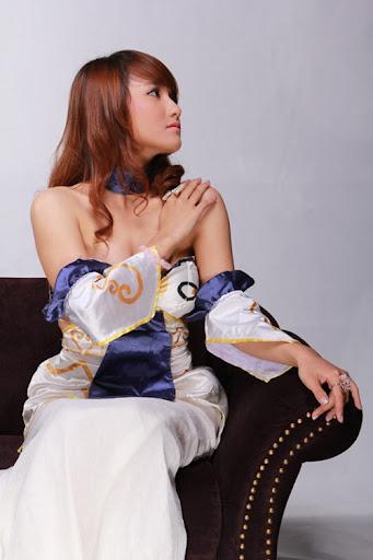Game thủ Việt gợi cảm với trang phục công chúa Tuyết 5