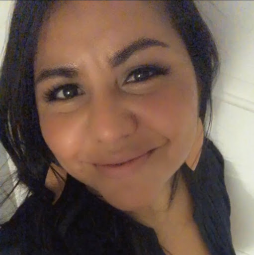 Laura Avila