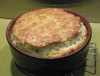 Soufflé au saumon et à l'oseille - recette indexée dans la rubrique Poissons