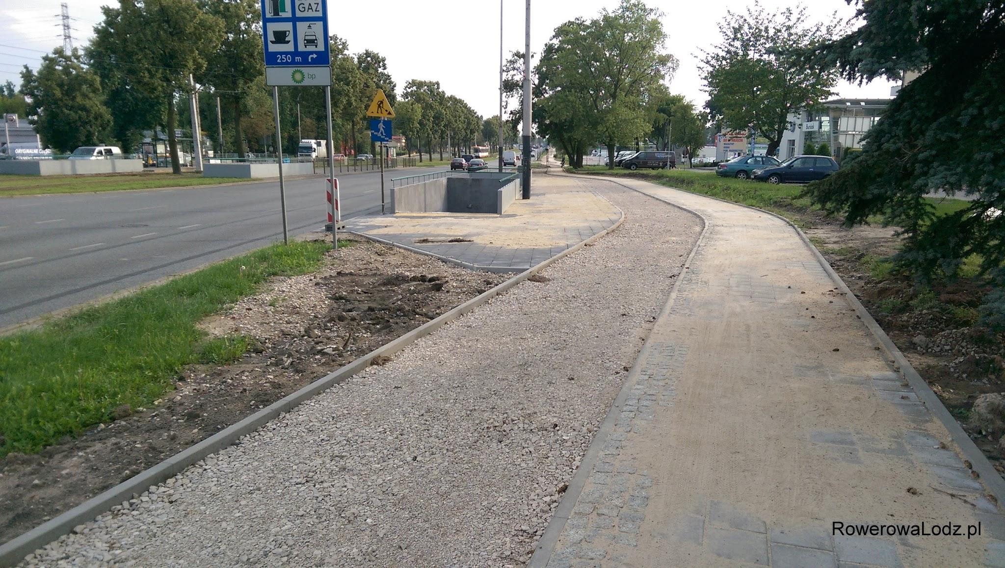Od tego momentu zaczyna się fragment, któremu brakuje jedynie asfaltu