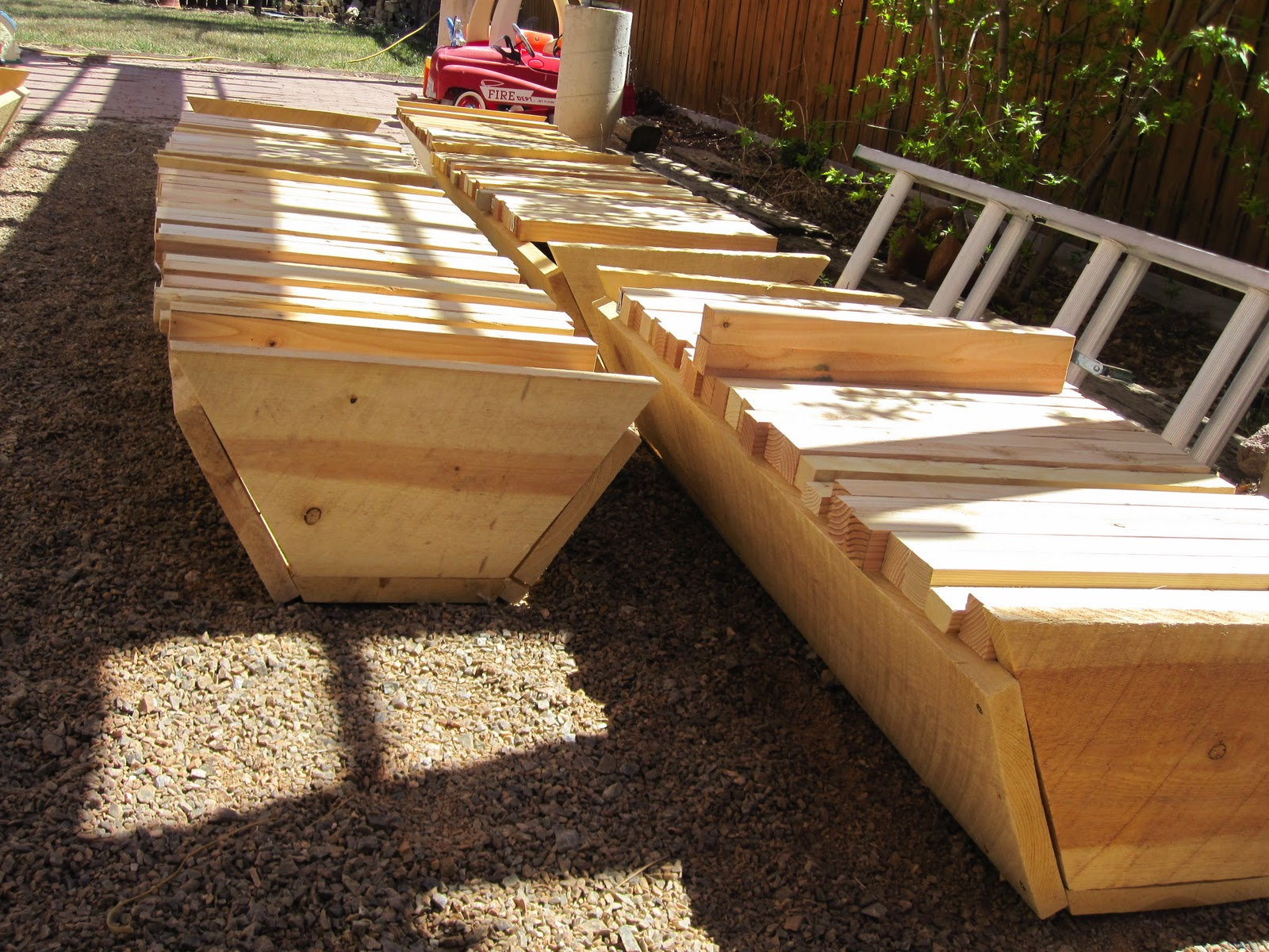 There Are As Many Variations Of This Plan As There Are Beekeepers In New  Mexico. You Can Make The Top Bar Hive As Long Or As Short As Possible,  Deeper, ...