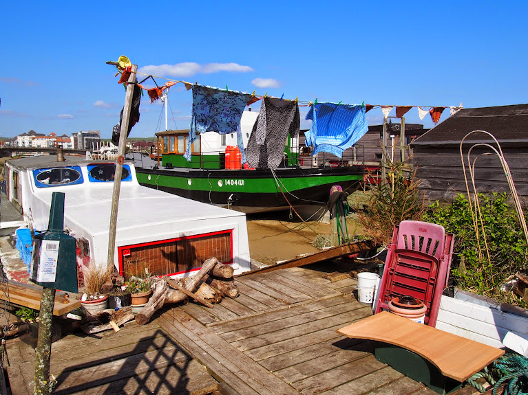 shoreham house boats 9