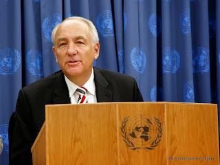 Stephen Rapp, l'ambassadeur des Etats-Unis en charge de la politique contre les crimes de guerre et crimes contre l'humanité et ancien procureur du tribunal spécial pour la Sierra Leone.