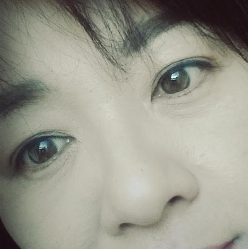 Eun Park Photo 13