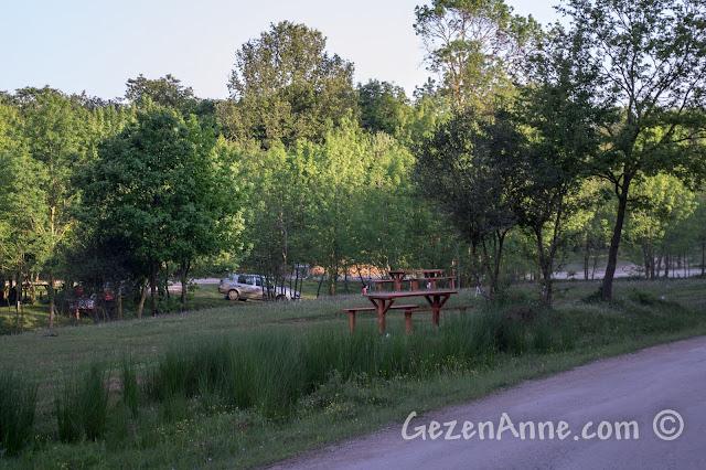 Sakarya Poyrazlar Gölü'ndeki piknik alanları