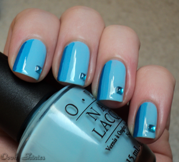 Astounding Diy Nail Art Designs Using Scotch Tape: Oooh, Shinies!: Blue Striped Mani