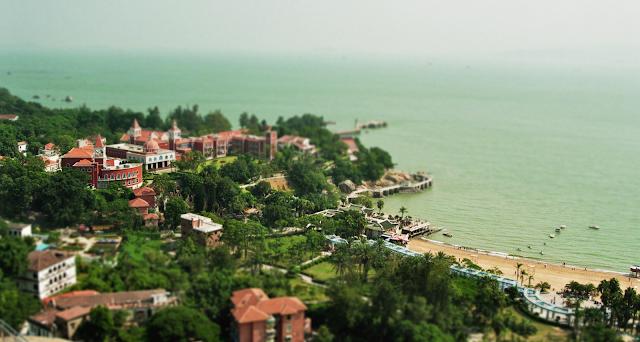 Ein Bild von Gulangyu, nachbearbeitet mti der Tilt-Shift-Blur um einen Miniatureffekt zu erreichen.