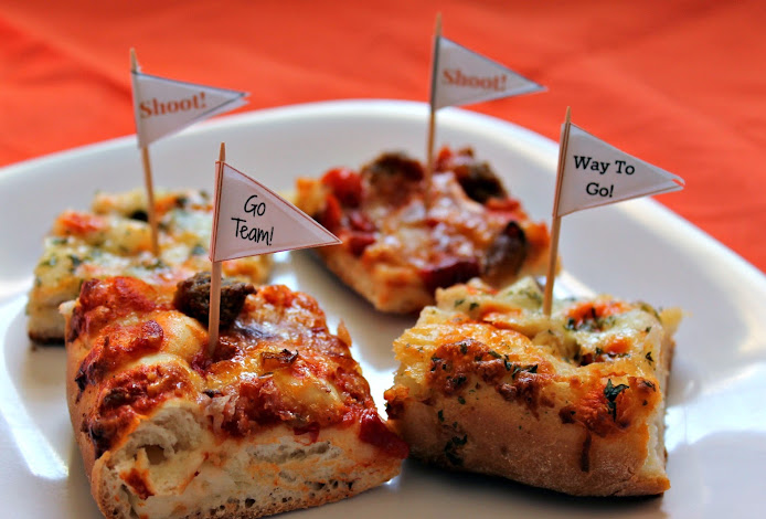 Pizza Party Ideas: Pizza Pennant Picks and DiGiornio Stuffed Crust Pizzas #NewFavorites #shop