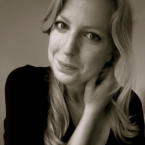 Anna Haag Photo 24