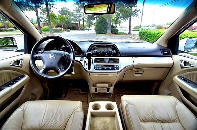 Honda Odyssey台灣價錢 規格 配備 顏色 油耗 貿易商新車二手車中古車新古車外匯車價格行情介紹及試駕心得