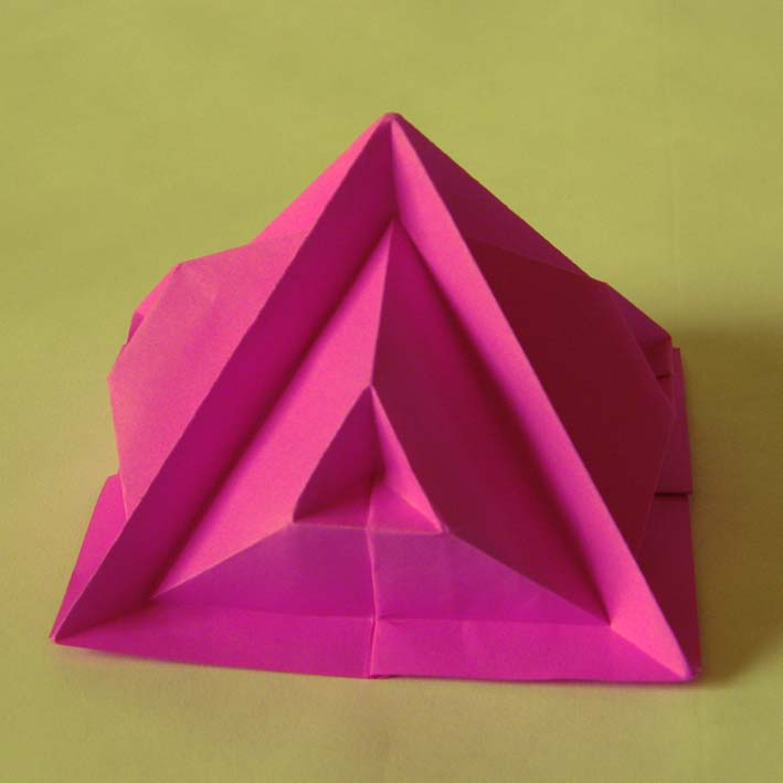 Origami: Piramide quinta - Fourth pyramid, by Francesco Guarnieri