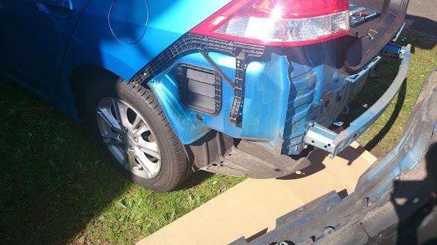 Aftermarket parking sensor install insight central for Mercedes benz installing parking sensors aftermarket