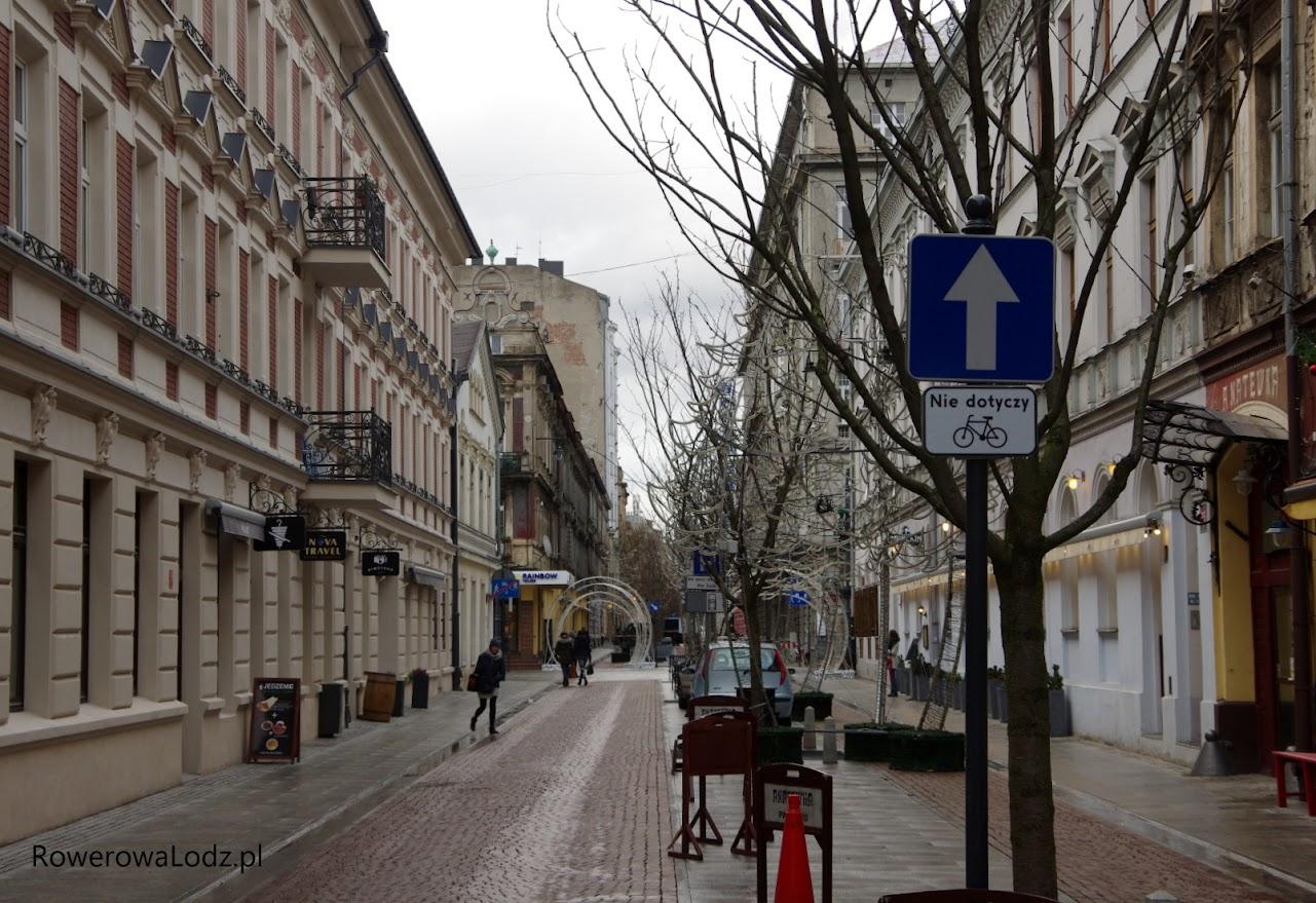ulica 6 Sierpnia od strony al. Kościuszki