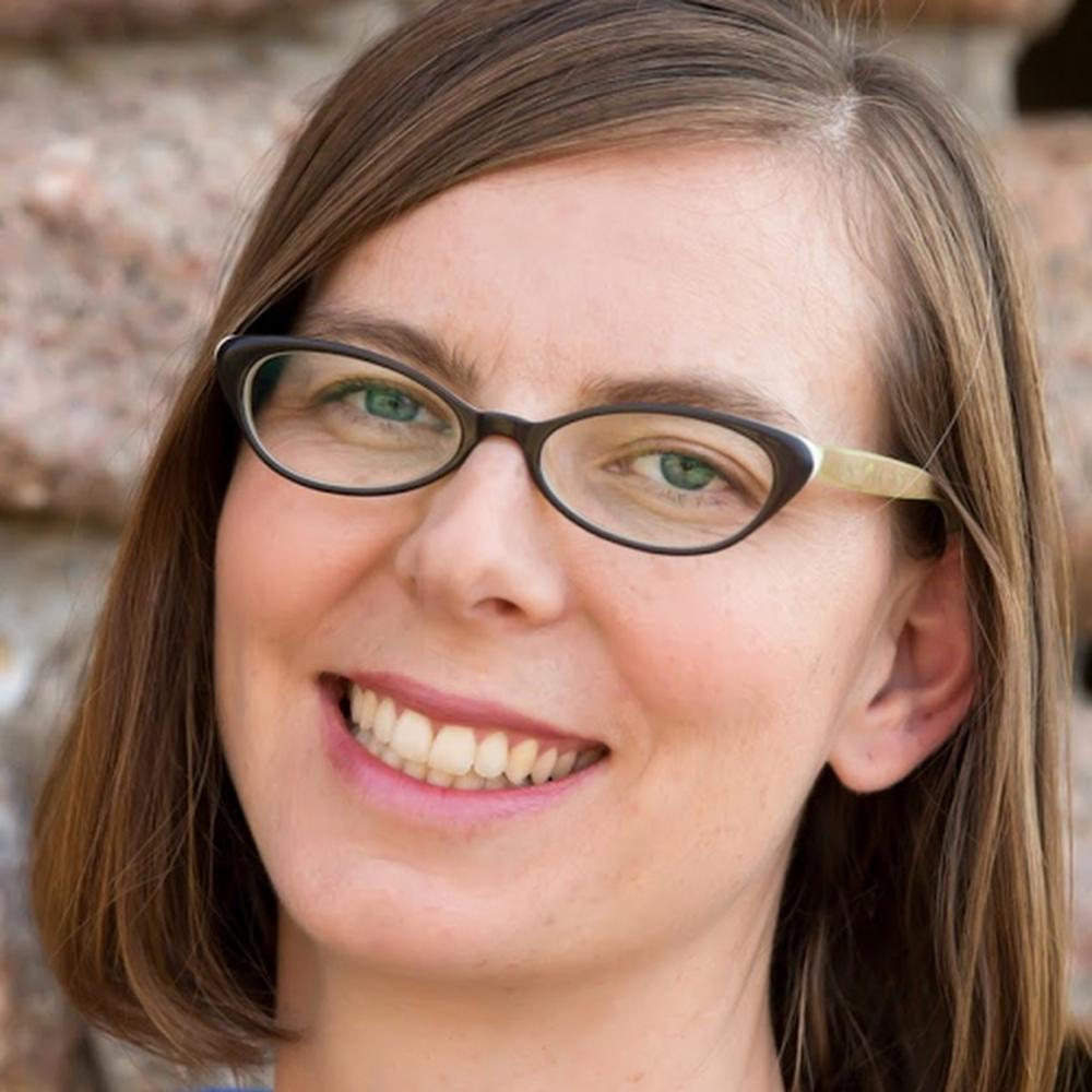 Andrea Landaker avatar