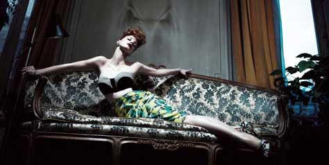 Jessica Chastain, en el sofa
