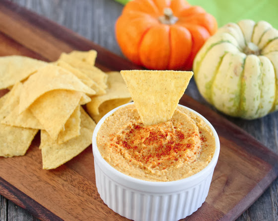 photo of pumpkin hummus and chips