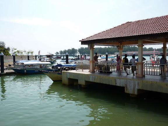 Blog de voyage-en-famille : Voyages en famille, De Kota Bharu à Pulau Besar (Perhentians)