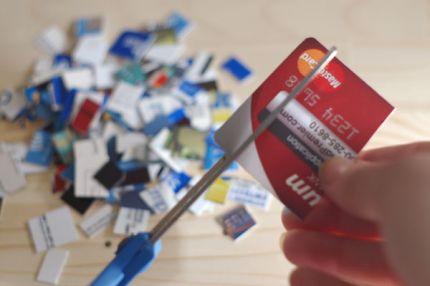 Resultado de imagem para corte cartao de credito