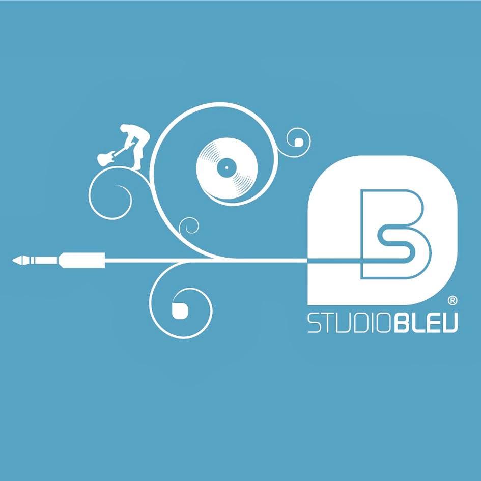 studio bleu Paris 20eme