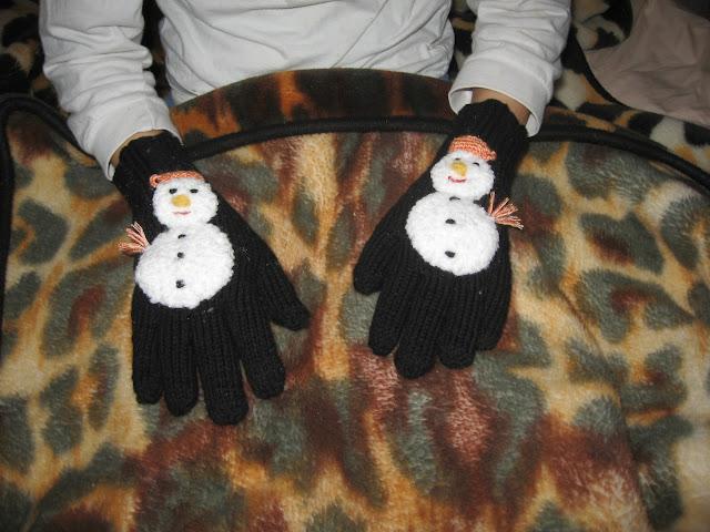 Provocare tricotat nr. 2 - Cadou de Mos Craciun - Pagina 6 IMG_1038