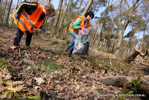 Landelijke Opschoondag Scouting Overloon 29-03-2014 (40).JPG