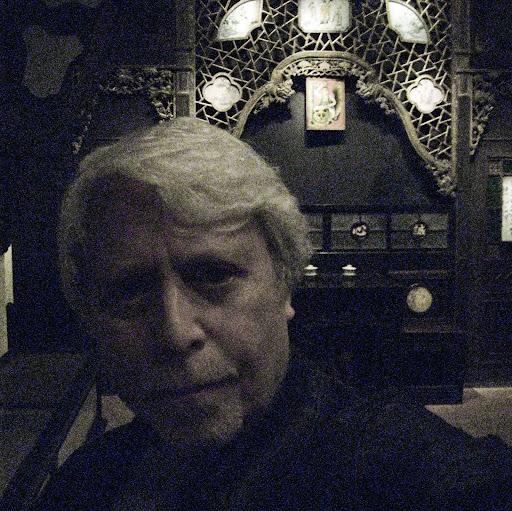 Steven Lang