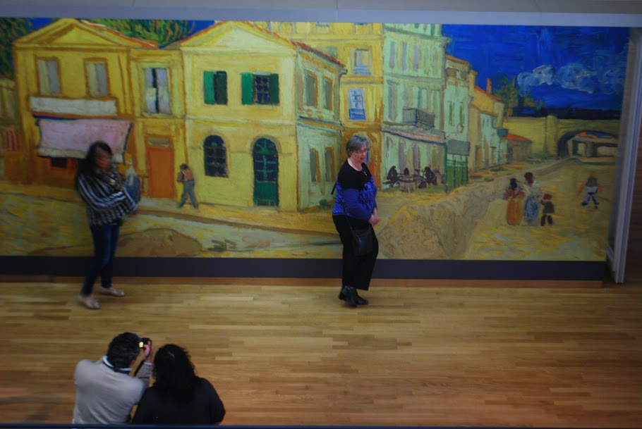 Inside Van Gogh Museum