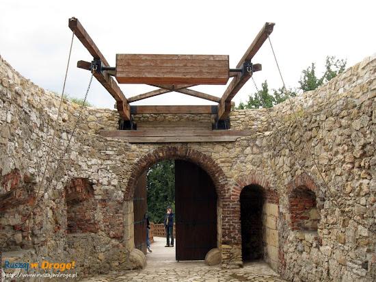 most zwodzony na siewierskim zamku