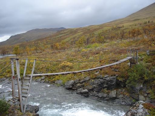 Hängebrücke auf dem Nordkalottleden
