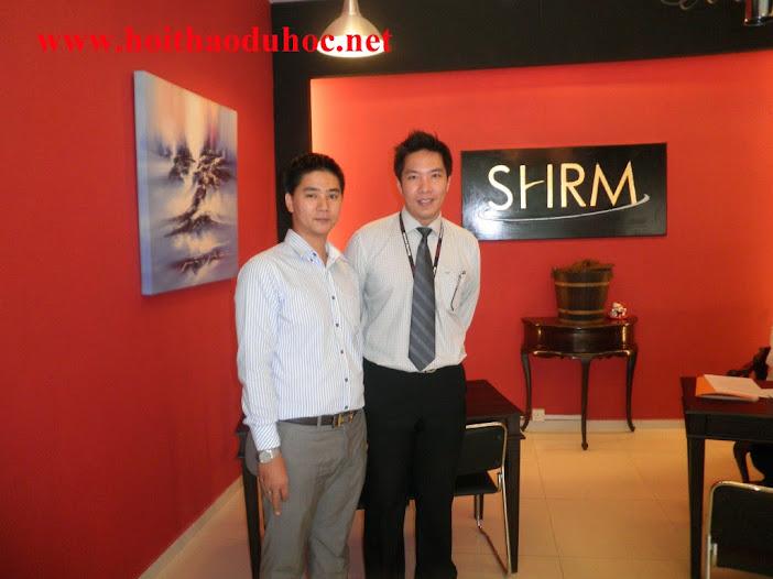 Du học Singapore chương trình Cử nhân du lịch khách sạn nhận bằng cấp từ Đại học Wolverhamptor
