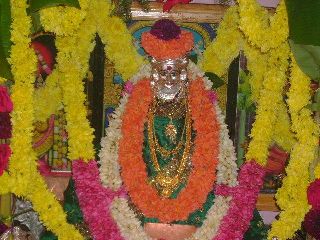 Sri Varamahalakshmi Vratha Pooja (Kannada Version) By Vedabrahma Sri Ganapati Shastry Devotional Album