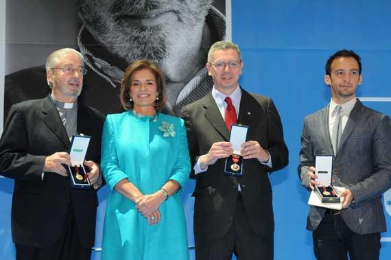 Gallardón, Padre Garralda y Amenábar, Medallas de Madrid 2012